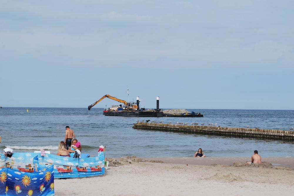 Budowa rafy w Łebie postęp prac